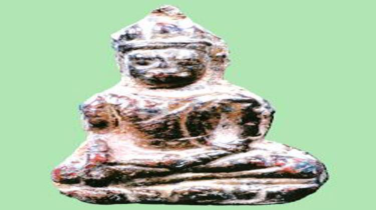อมตพระกรุ เมืองเพชรบุรี : พระเทริดขนนก กรุวัดค้างคาว